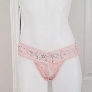 Victoria's Secret Stretch Lace Thong L/Stars